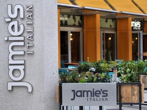 Jamie Oliver 'devastated' as administrators called in at restaurants