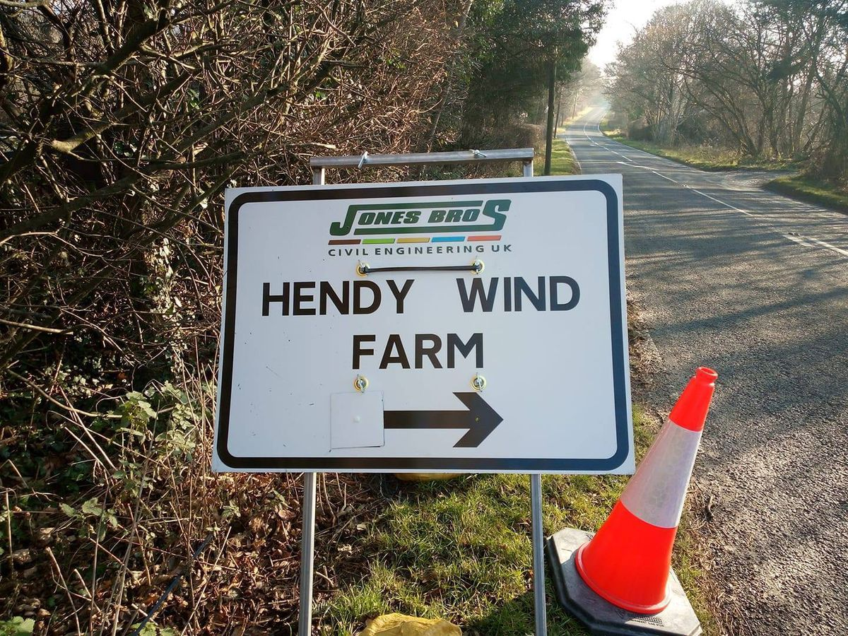 Delays warning as abnormal loads transported to windfarm