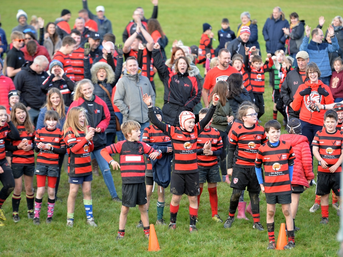 Rugby youngsters scrum down in bid