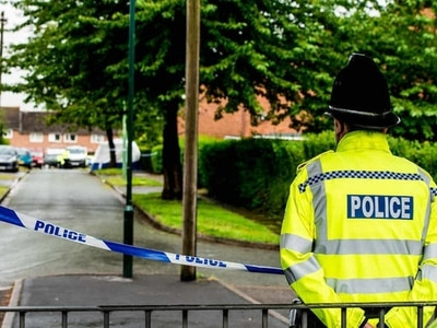 Shrewsbury murder: Woman is honoured for brave first aid at scene