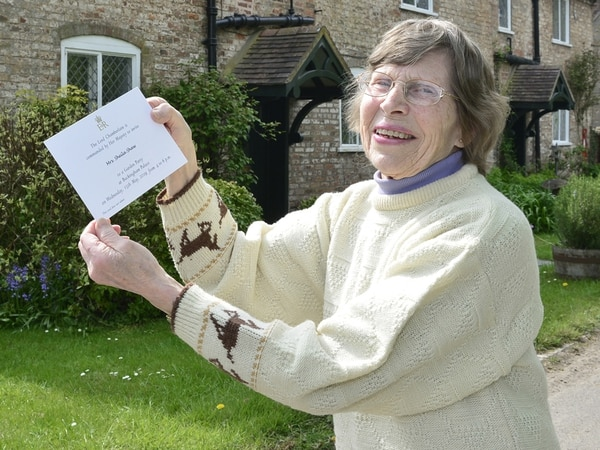 By royal invitation! Sheila off to Buckingham Palace party