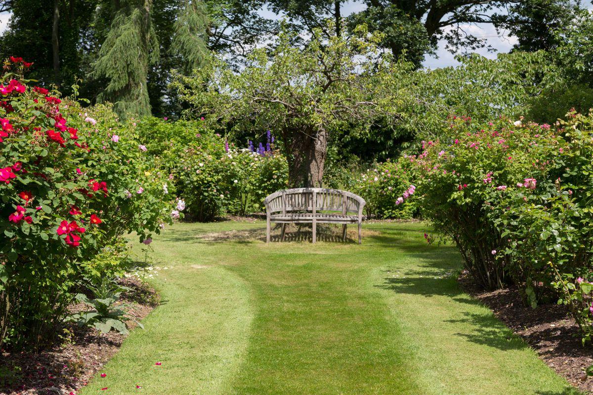 The gardens make the most of the pretty vistas