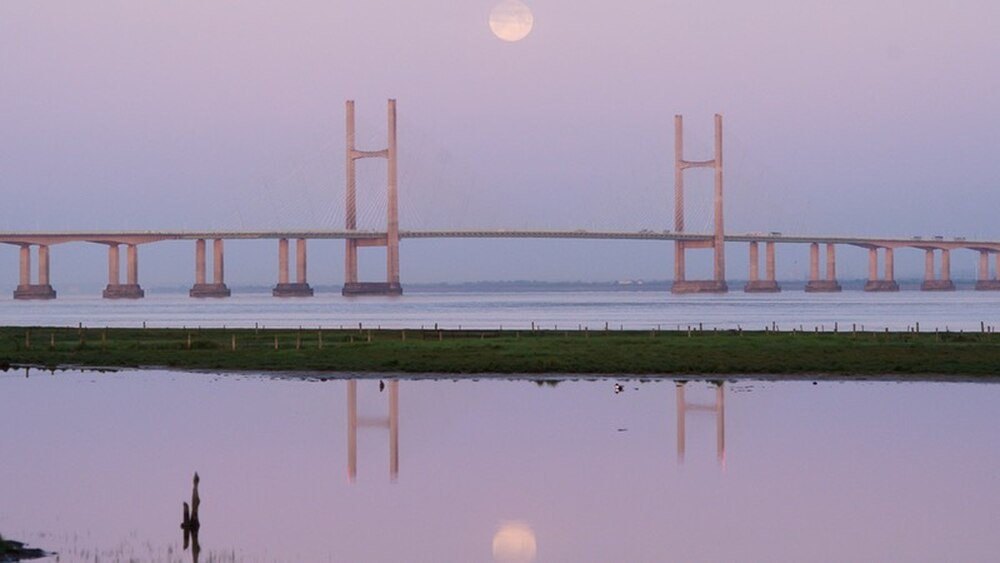 Uk Skygazers Have Been Treated To Some Lunar Loveliness On Tuesday As The Pink Moon Lit Up Morning Sky
