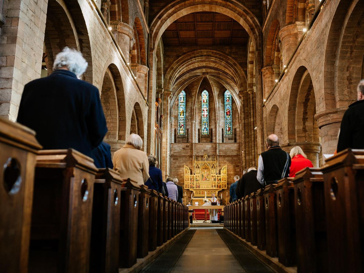 SHREWS COPYRIGHT SHROPSHIRE STAR JAMIE RICKETTS 04/04/2021 - Easter Sunday Church Service at Shrewsbury Abbey lead by Rev. Dr Tom Atfield - Their first church services their in nearly 2 years apparently..