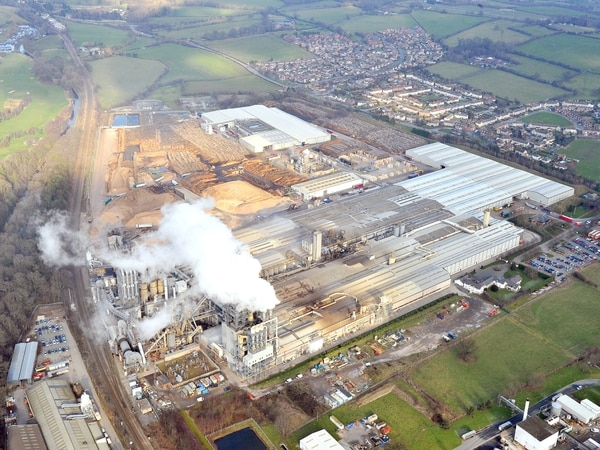 Environmental permits for Chirk's Kronospan factory to be controlled by Natural Resources Wales