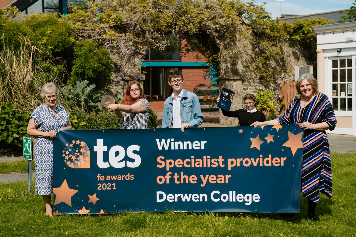 Derwen College has received a national award - TES Times Education Supplement award for Specialist Provider of the Year. In Picture, Mrs K Kimber (Chair Governor), Courtney Battams 20, Joe Osborne 19, Mary Tate 20 and Principle and CEO Maryl Green..
