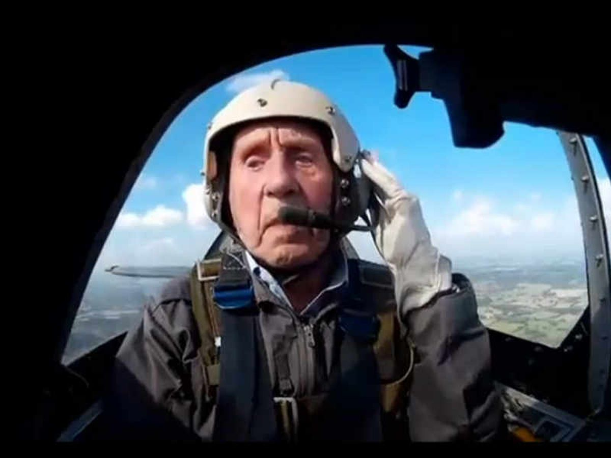 Squadron Leader Allan Scott was treated to a trip back to his old airfield at Biggin Hill in 2015