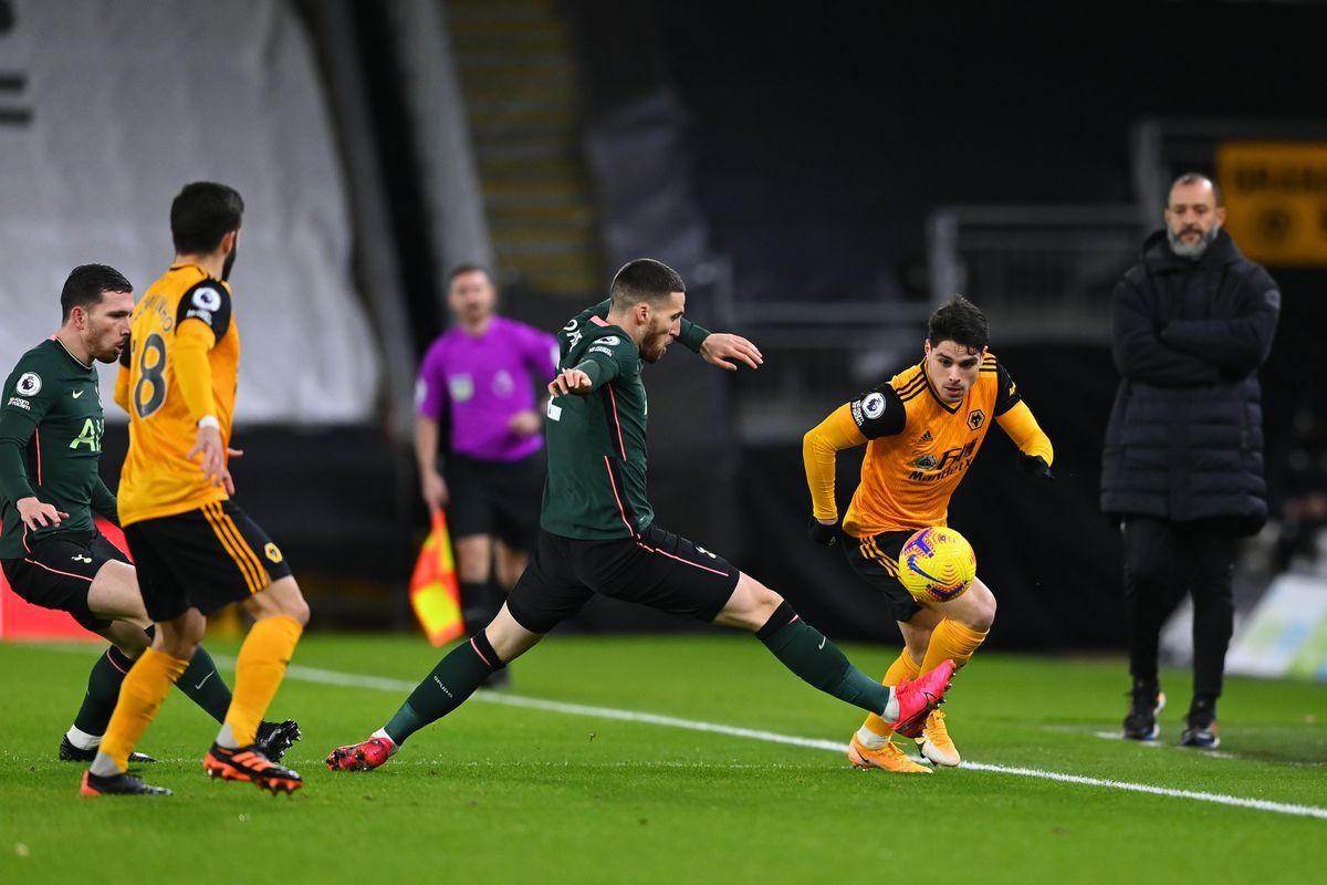Matt Doherty of Tottenham Hotspur and Pedro Neto of Wolverhampton Wanderers (AMA)