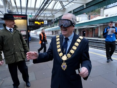 Watch: Shrewsbury Mayor takes on beer goggles test with a serious message