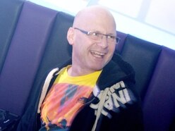 Tributes to Mid Wales DJ and voice of the airwaves