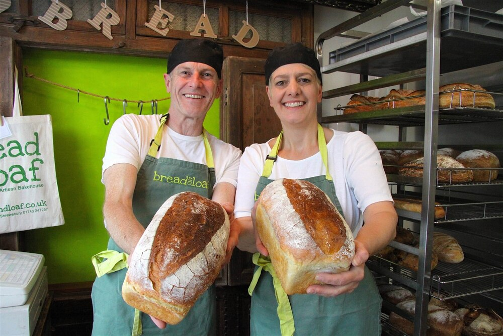iggys bread of the world In 1994, iggy's bread of the world was born in boston in its early days, igor took care of the baking while ludmilla handled customer orders, sales and deliveries friends and family have always helped out too - in particular, igor's brother nikola.