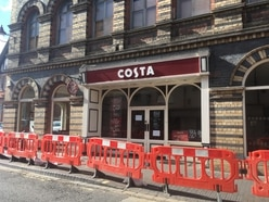 Bridgnorth Costa shop to stay closed for repairs after roof tiles fall