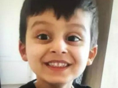 Boy, three, sparks major search after disappearing from shopping centre