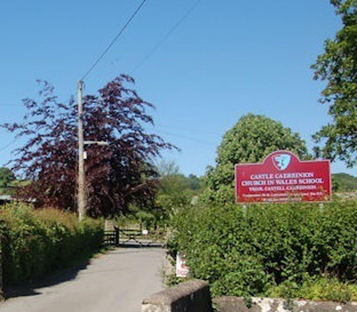 Castle Caereinion School Sign