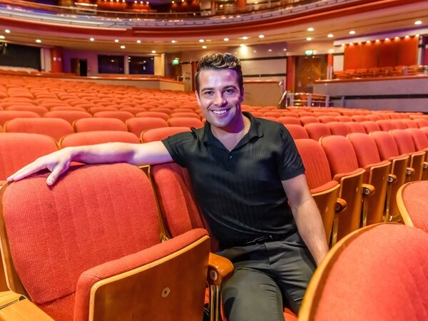 Joe McElderry visits Birmingham Symphony Hall ahead of charity performance