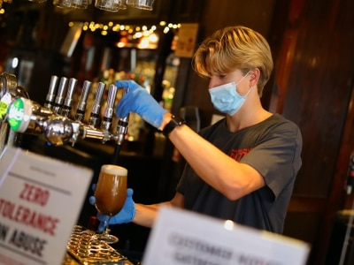 Wetherspoon to reduce prices after hospitality VAT cut