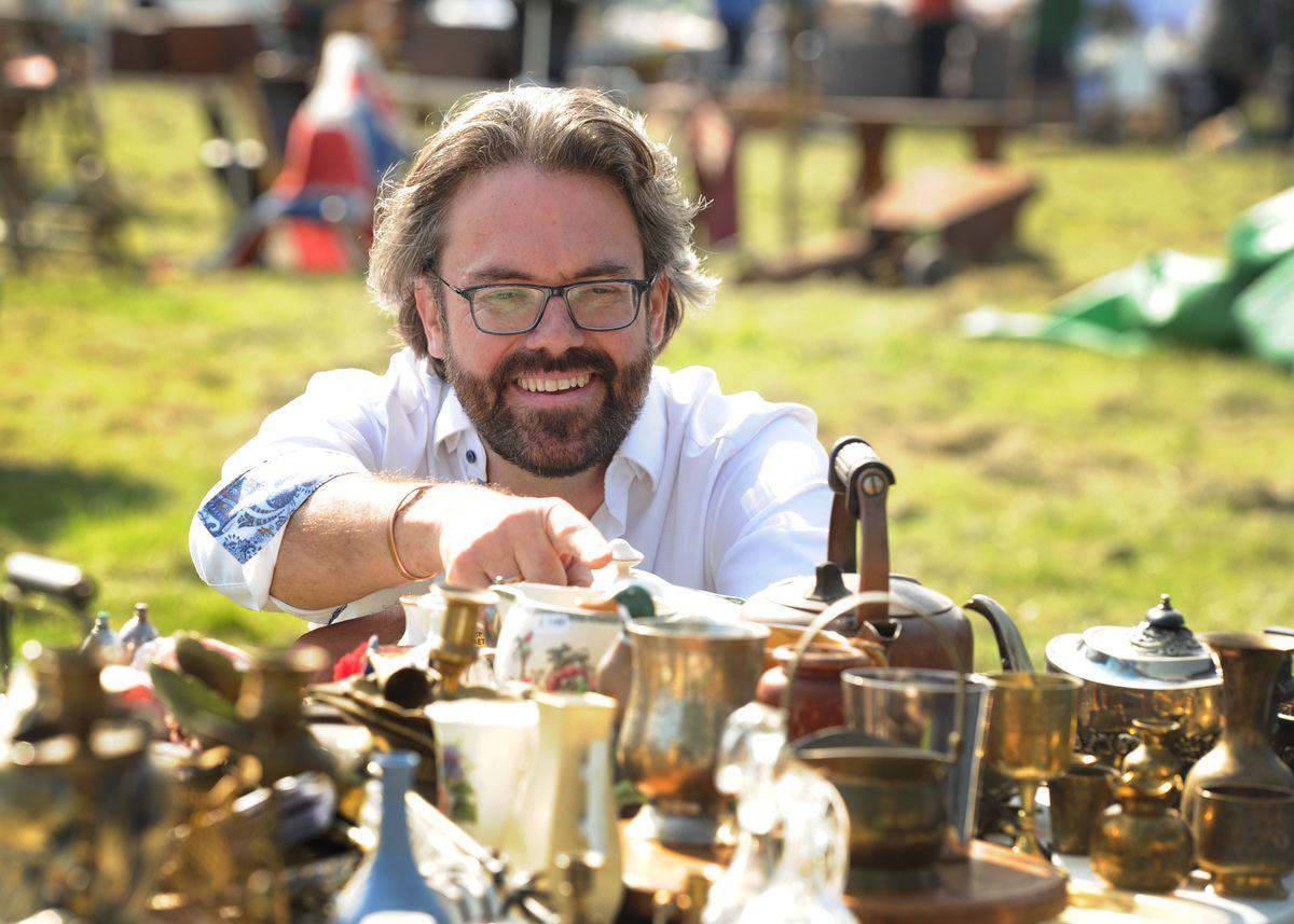 Bargain Hunt being filmed at Oswestry Showground, with expert Ben Cooper