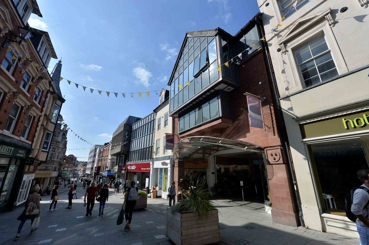 The Pride Hill shopping centre in Shrewsbury is nearly empty