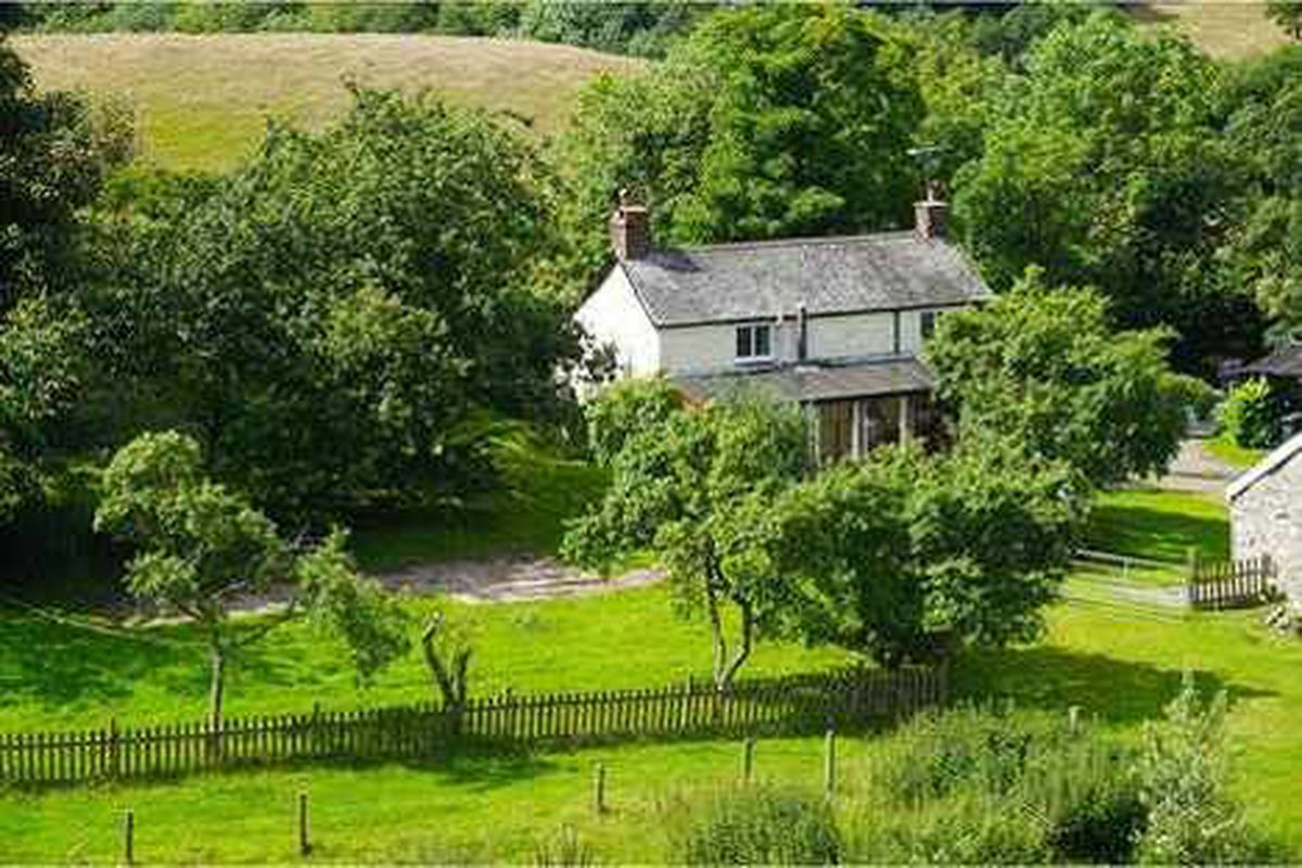 Ronnie Lane's country home for sale
