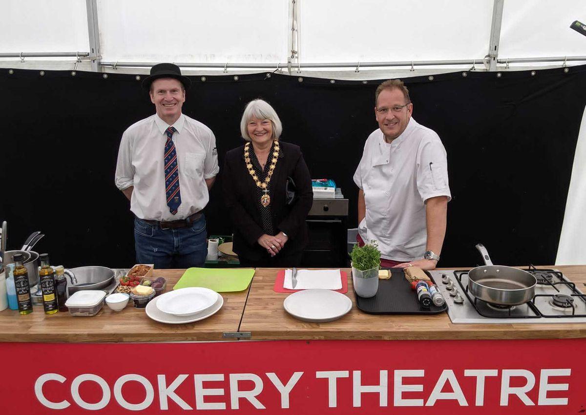L-R: Darren Morgan, Mayor of Newport Lyn Fowler, and chef Nigel Brown