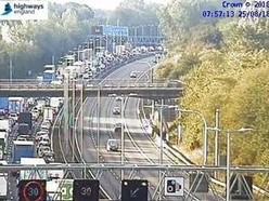 Bridge incident closes M6