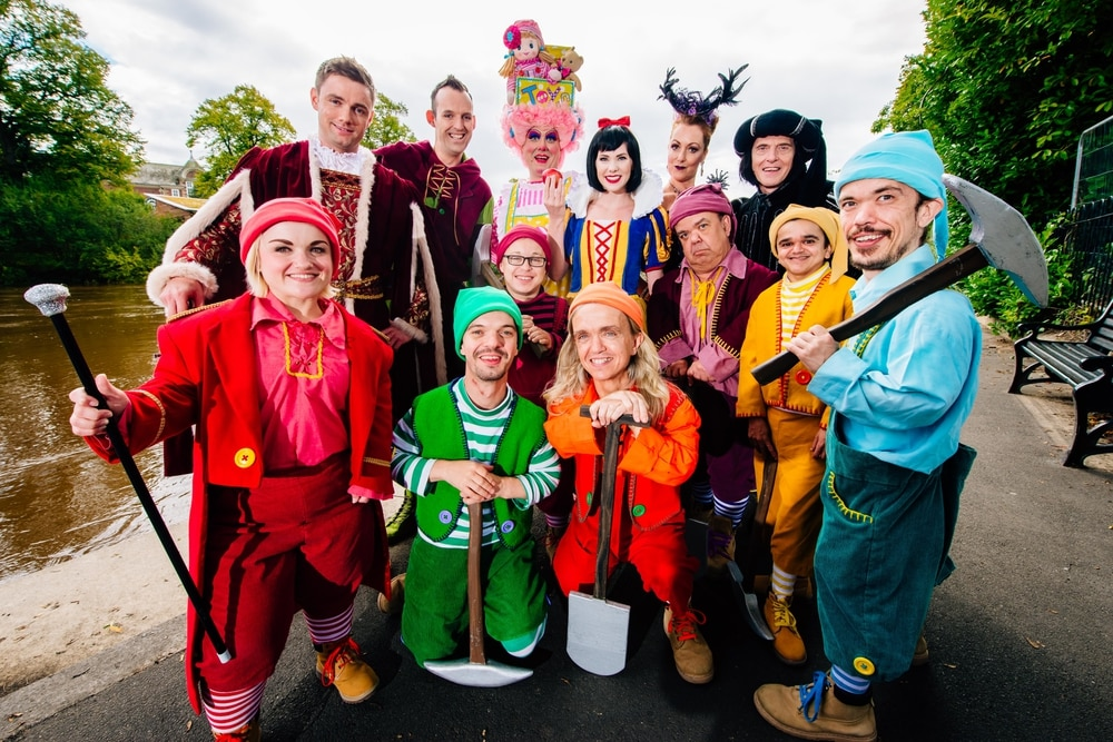 Will It Snow For Christmas Cast.Tickets Being Snapped Up For Shrewsbury S Snow White Panto