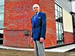 Former Oswestry mayor dies