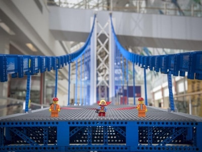 Record-breaking Lego bridge goes on display