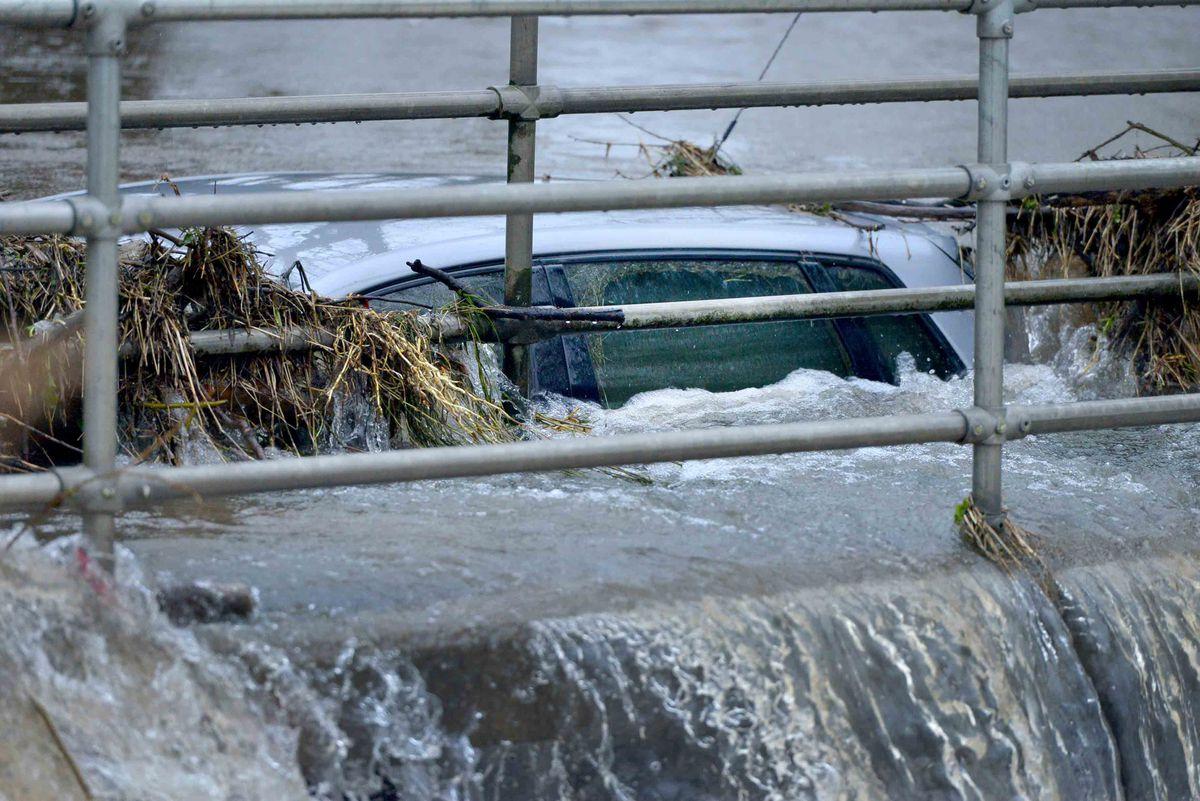 A stranded car at Trescott Ford