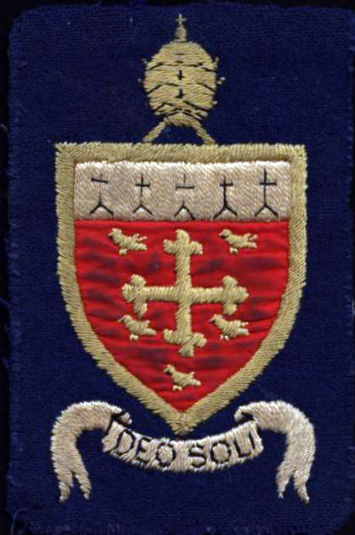 The school badge of St Edward's College, Cheswardine Hall.