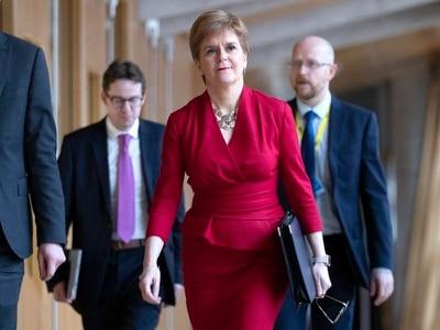 Referendum must be 'legal and legitimate', says Sturgeon
