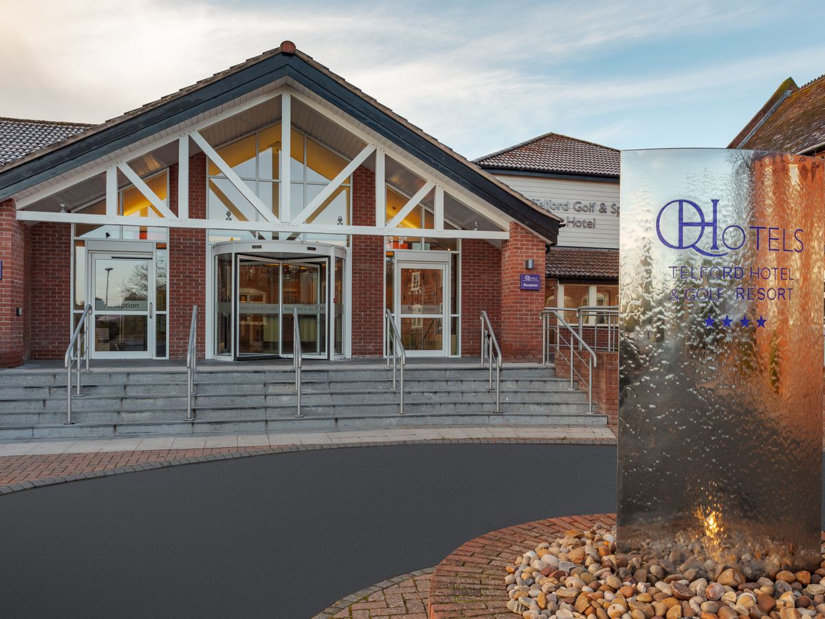 Telford Hotel & Golf Resort Main Entrance