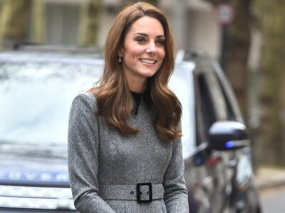 Duchess of Cambridge hails power of art in 'moving' visit to museum