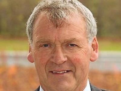 MP calls for quicker end to bridge repairs
