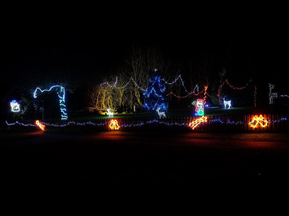 The Sheriffhales Christmas Lights display in their prime