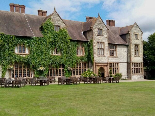 Travel review: Brush up your Shakespeare at Billesley Manor Hotel
