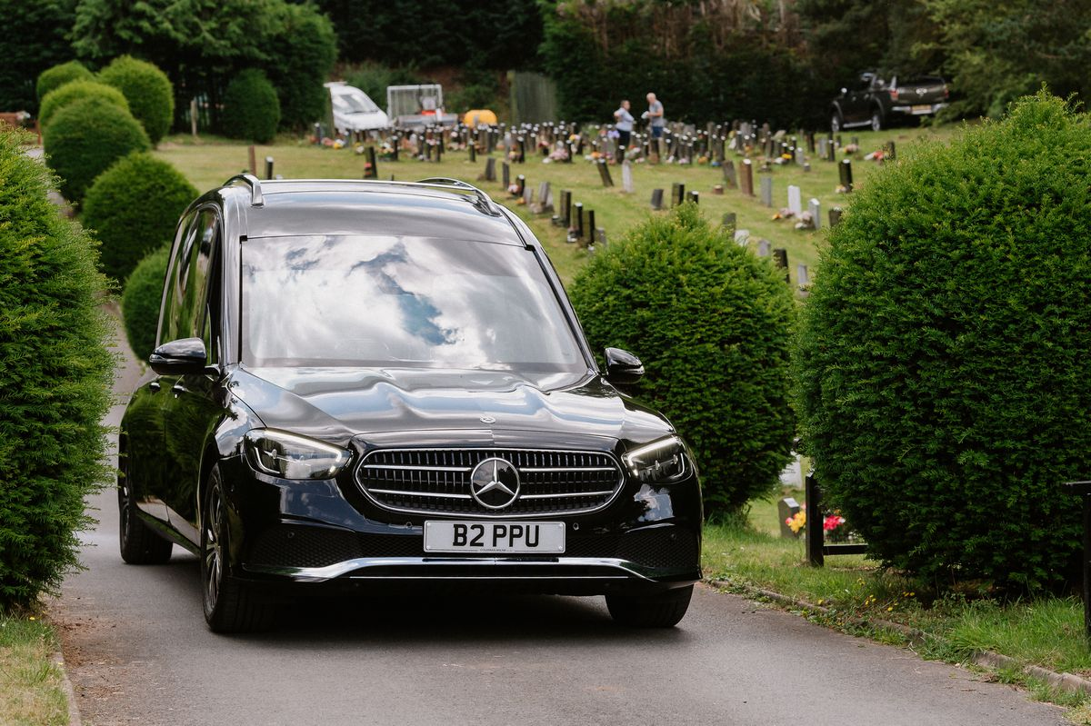 Perry & Phillips Funeral Directors takes delivery of its new hearse and limousine and welcomes two new staff members. Pictured here at Bridgnorth Cemetery