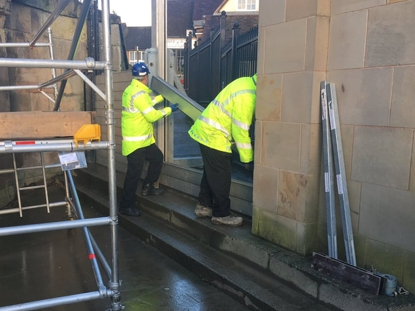 Flood barriers go up in Shrewsbury as flood alerts issued
