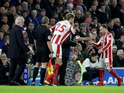 Peter Crouch makes record Premier League substitute appearance
