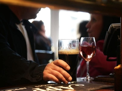 Thousands of pubs to see business rates slashed