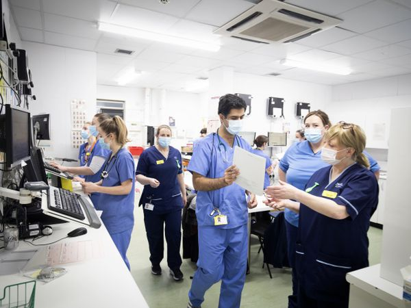Anger at 1% pay offer for nurses