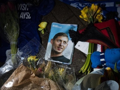 Emiliano Sala's father dies, politician says