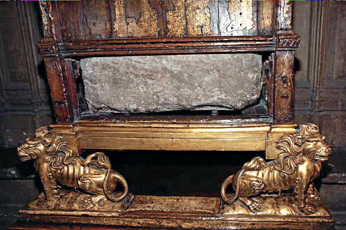 The Stone of Scone in the Coronation chair was famously stolen on Christmas Day, 1950.