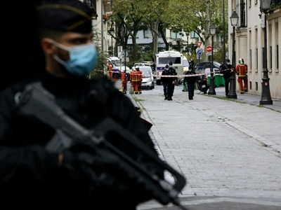 France vows to protect Jewish community after stabbing