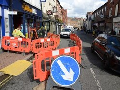 'Gas leak' closes Oswestry town centre road
