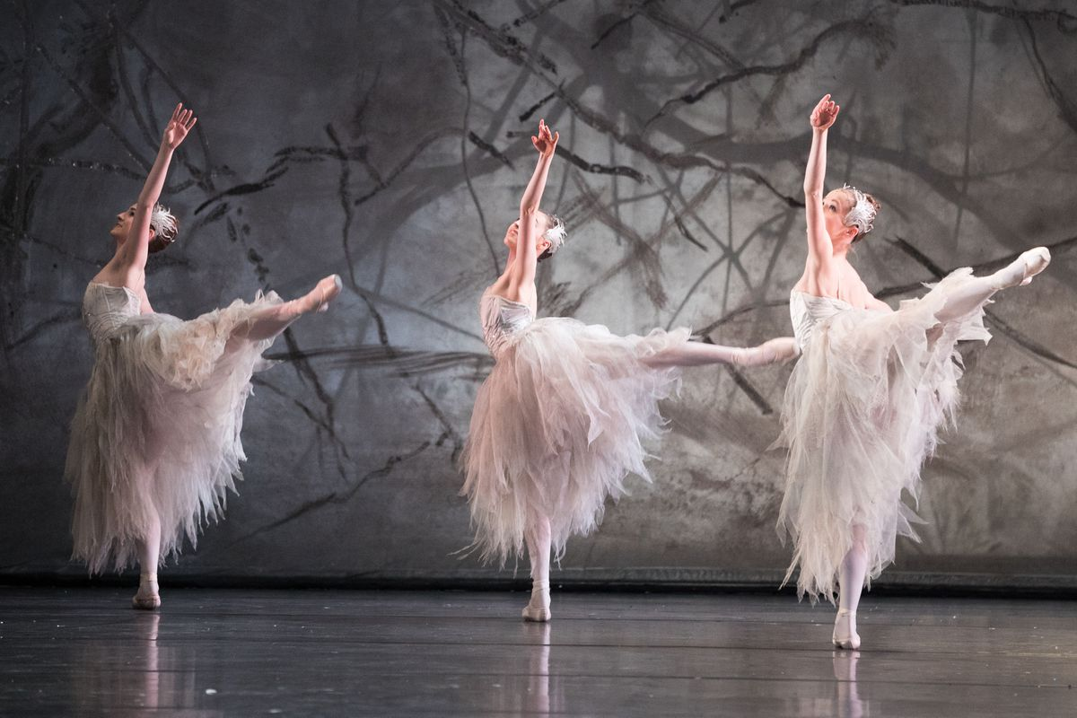 Dancers during a photocall for the Birmingham Royal Ballet's production of The Nutcracker at the Birmingham Royal Ballet. PRESS ASSOCIATION Photo. Picture date: Friday November 24, 2017. Photo credit should read: Aaron Chown/PA Wire.