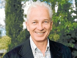 David Gower, Severn Theatre, Shrewsbury - review