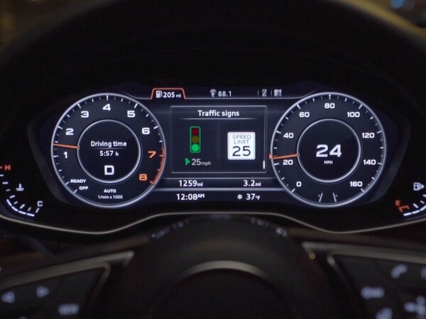 Audi's connected sat nav aims to get drivers through on green