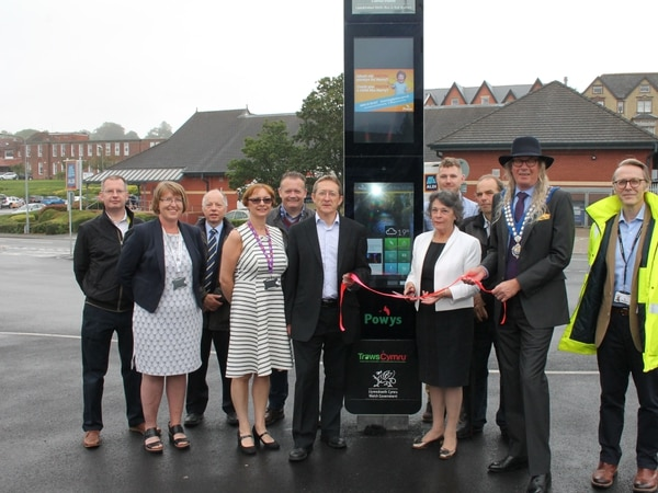Easier travel vowed thanks to hub launch in Llandrindod Wells