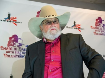 Country rocker and fiddler Charlie Daniels dies aged 83